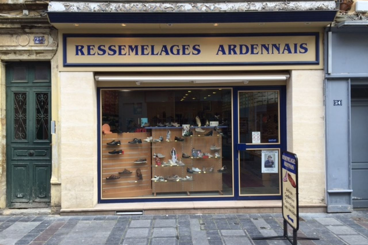 ressemelages ardennais charleville m zi res chaussures maroquinerie. Black Bedroom Furniture Sets. Home Design Ideas